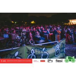Chaire de tourisme Transat: Un clin d'oeil... Le ciné-parc à vélo