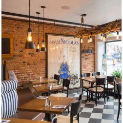 Le Cochon Dingue du Quartier Petit Champlain réouverture après un investissement de 500 000$