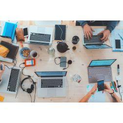 T.O.M.: Les 8 chiffres clés des médias sociaux en 2020 en France