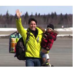 Une île isolée enchantée par la visite des Trudeau