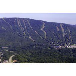 Québec veut reprendre une partie du mont Sainte-Anne
