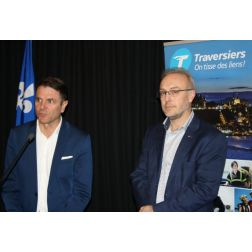 Traversier: le ministre Bonnardel promet une campagne touristique
