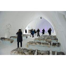 Toujours plus de touristes à l'Hôtel de glace