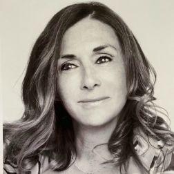 Entrevue avec Danielle Beaulieu, propriétaire, Hôtel Mortagne, par Kim Cadieux