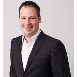 Dave Laveau: Finaliste des grands Prix de la Relève d'Affaires