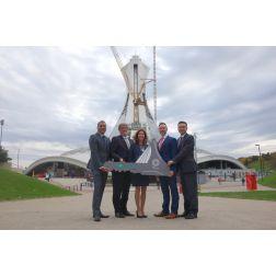 Le Parc olympique remet la clé de la Tour de Montréal à Desjardins