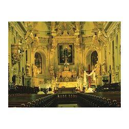 Les églises du Vieux-Québec, un produit touristique international