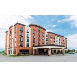 DISTINCTION: Le Quality Inn & Suites à Lévis a de nouveau reçu le prix Satisfaction de la clientèle Platine