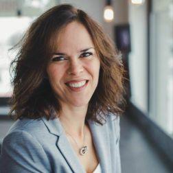 NOMINATION: L'AQS (Association québécoise des spas) - Véronique Lemieux