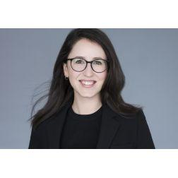 Félicitations à Sarah Justine Leduc-Villeneuve de Tourisme Montréal - Top 30 des moins de 30 ans de Destination International!
