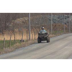 Québec veut rendre obligatoire le permis de conduire pour les motoneiges et les VHR
