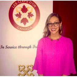 Une des plus jeunes concierges Clefs d'Or au monde à l'Auberge Saint-Antoine !