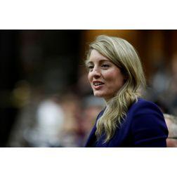 Le gouvernement veut promouvoir le tourisme au Canada