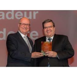 Denis Coderre intronisé à titre de Grand Ambassadeur et des leaders confirment des congrès internationaux à Montréal