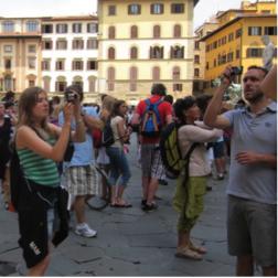 Se faire cobaye de l'industrie touristique : voyager quand on étudie en tourisme