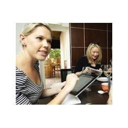 Au restaurant, la tablette commence à remplacer le serveur