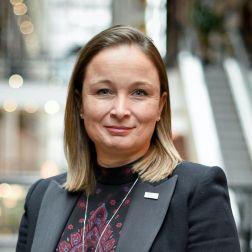 Eve Paré - Lettre d'opinion : Un besoin d'oxygène pour les entrepreneurs hôteliers, l'épine dorsale de notre industrie touristique