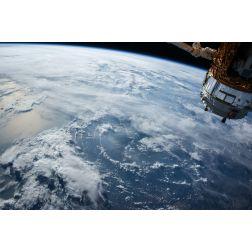 T.O.M.: Richard Branson (Virgin Galactic) s'est envolé pour la première fois vers l'espace
