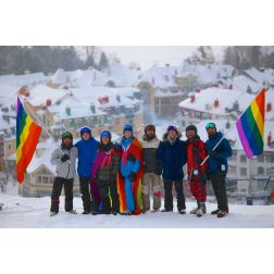 «ELEVATION» - Les semaines de ski gai de retour à Tremblant